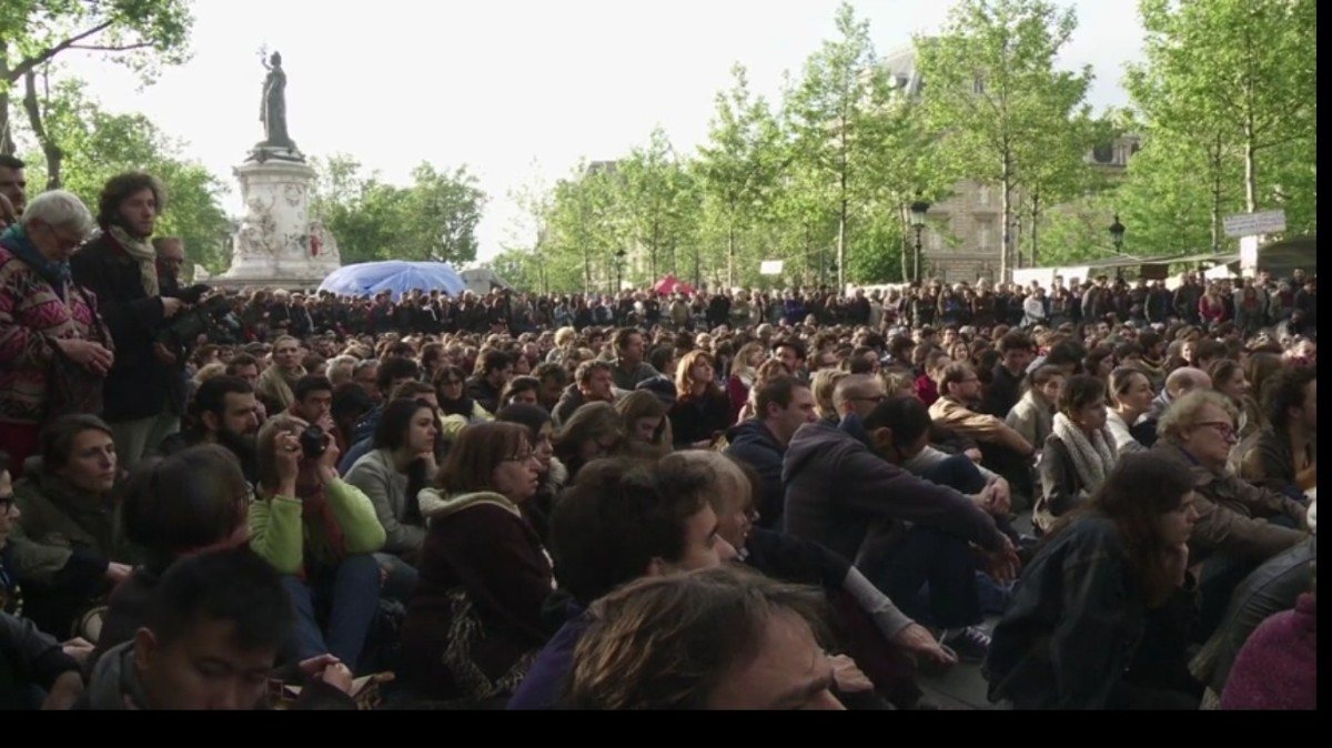 N COMME NUITDEBOUT
