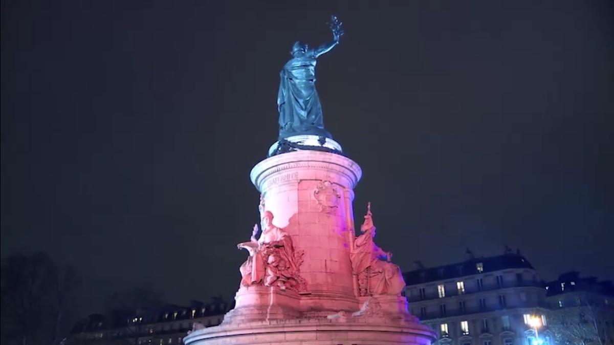 PLACE DE LA REPUBLIQUE –Série.