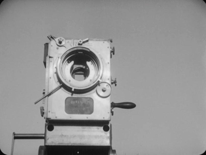 homme caméra 13