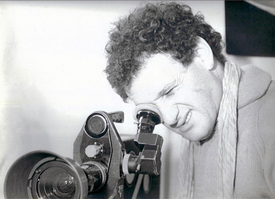 B COMME BIOFILMOGRAPHIE – Jean-DenisBonan